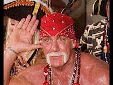 0 Cruising w/ Hulk Hogan On Pirate Ship in Fantasy Fest Parade 2011