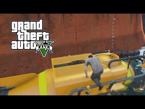 GTA 5   Trevor Steals Mini Submarine (Minisub)