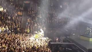 "Twenty One Pilots Bandito Tour ""Morph"" Drum Solo On The Crowd Live In Portland Oregon 11/15/2018"