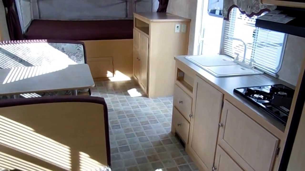2005 Aerolite Cub 214 Hybrid Expandable Travel Trailer