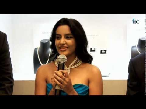 Actress Priya Anand @VUMMIDI BANGARU JEWELLERS