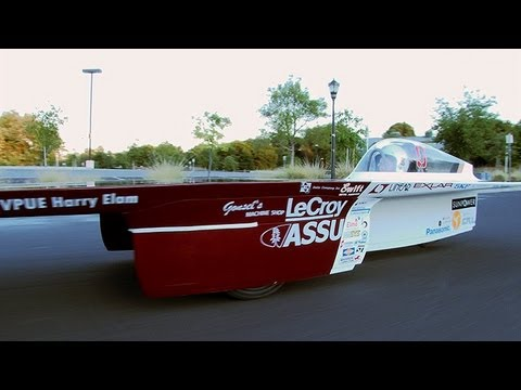 Stanford Introduces New Solar Car