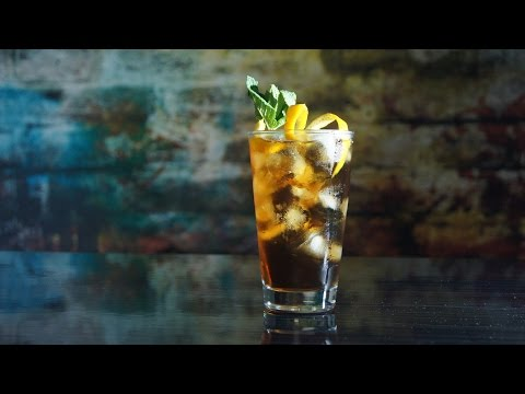 Коктейль Виски персиковый чай