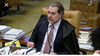 Chegou a hora de a política conduzir país', diz Toffoli