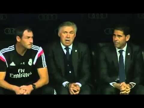 Ancelotti cantando el himno de la decima