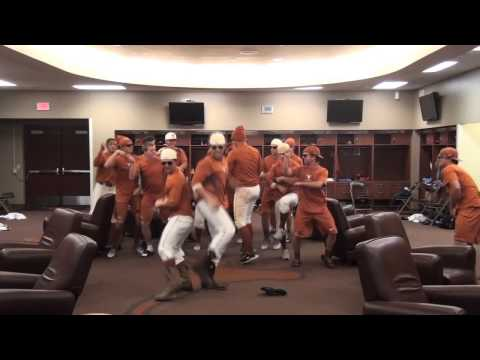UT Baseball Warms Up Gangnam Style