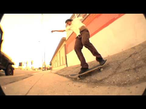 ON THE TURF w/ BILLY ROPER - FAKIE MANNY KICKFLIP LINE
