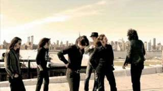 Watch Afterhours Pop video