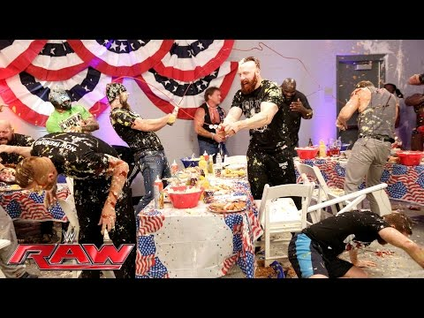 A food fight erupts during WWE's pre-Raw Fourth of July barbecue: Raw, July 4, 2016