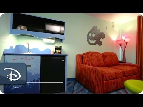 Finding Nemo Family Suite Room Tour Disney S Art Of