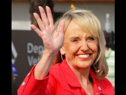 Jan Brewer Can't Say 'Tuskegee' at Event for Tuskegee Airmen