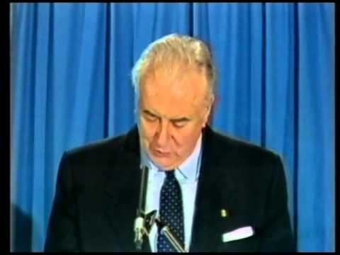a review of the whitlam government Get this from a library the whitlam government, 1972-1975 [gough whitlam.
