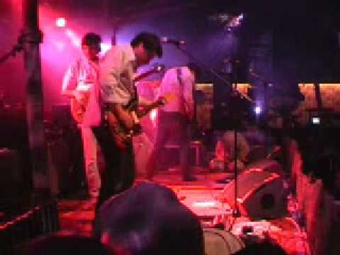 Thumbnail of video Gringo - Ground (live)