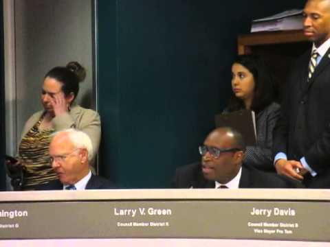 Houston City Council debates regulations of ride sharing companies Uber and Lyftft