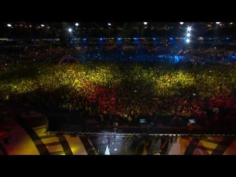 K'naan - WAVING FLAG (2010 FIFA WORLD CUP Kick-OFF CONCERT) [HD Quality]