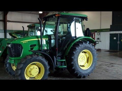 John Deere Tractor (5083E Making Hay 2013)
