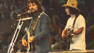 Watch Waylon Jennings Mammas Dont Let Your Babies Grow Up To Be Cowboys video
