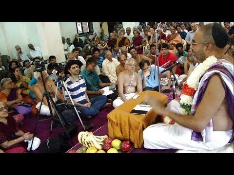 13 Dec 2014 Pt;3;upanyasam இன்றைய வாழ்க்கை நெறி Sri Velukkudi Krishnan Swamin Mumbai Ghatkopar video