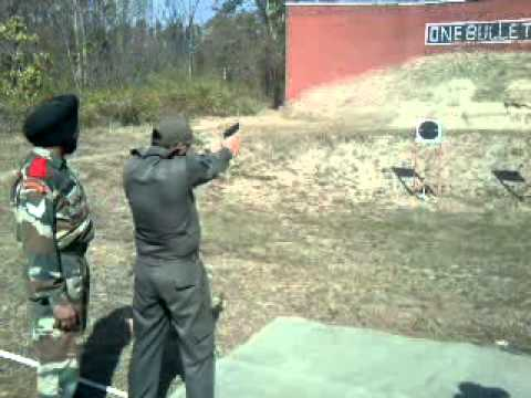 9mm pistol firing