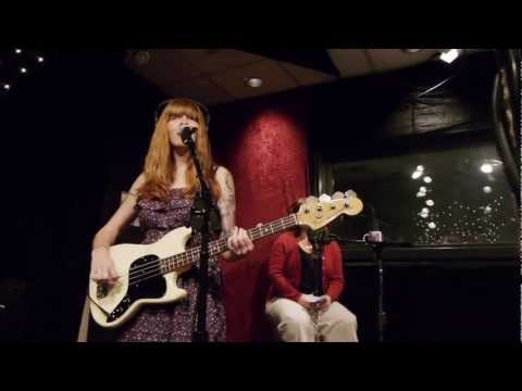 La Sera - Behind Your Eyes