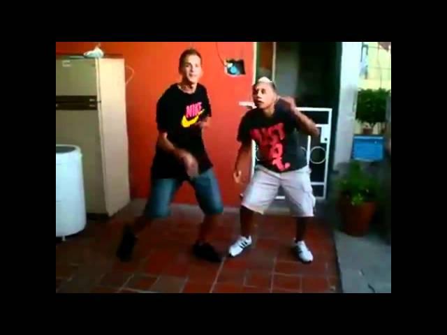 Baile Turro Vs. Baile Electro