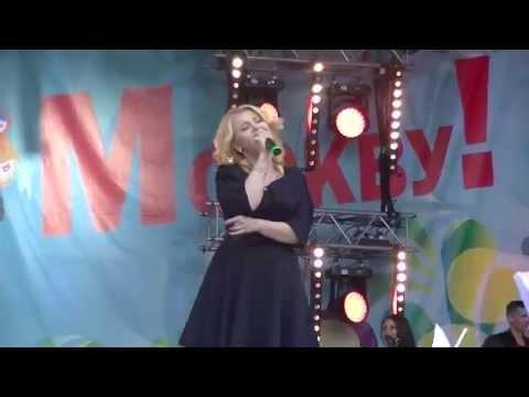 Большом концерте Радио Шансон в Лужниках в День Города  Анна Громова