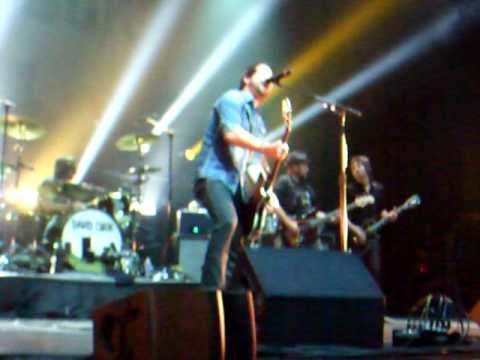 David Cook- Kiss On A Neck Kansas City, Mo With Banter video