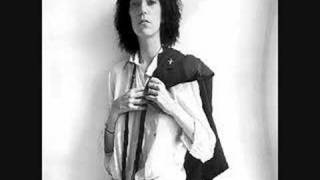Watch Patti Smith Kimberly video