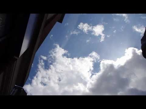 UFOs Over London June 24, 2011 [HD]
