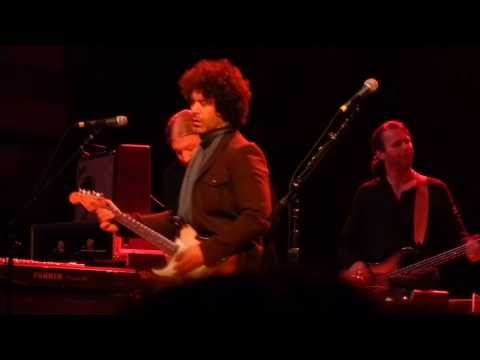 Doyle Bramhall w/ Tedeschi Trucks Band - Orpheum Theater - Los Angeles CA - Dec 6 2013