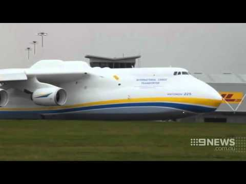 Monster Plane Visit | 9 News Perth