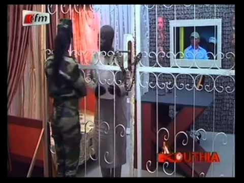 Kouthia Show -  Karim Wade demande de l'aide à Balla Gaye 2 -  03 Juin 2013