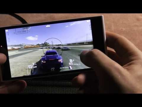 Игры на iNEW V3: Birds Go, Dead Trigger 2, Real Racing 3