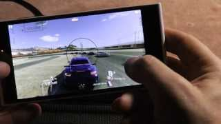 Игры на iNEW V3: Birds Go, Dead Trigger 2, Real Racing 3