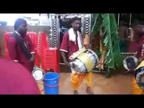 Om Sri Veera Bathra Kali Amman Urumi Melam Sunway video