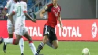 مهارة شواع من رمضان صبحى ,تتسبب فى انذار لاعب بوركينا ,ملخص مباراة مصر وبوركينا فاسو