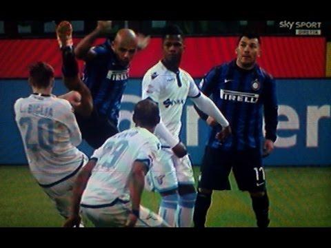 Inter Lazio 1 2 - Melo orribile intervento, Caressa spiega le immagini del fallo a Sky