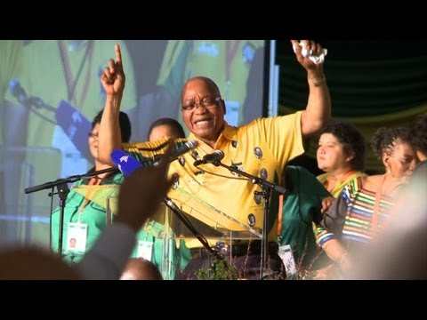 Zuma vows change amid leadership challenge