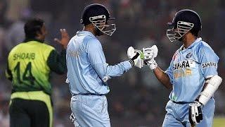 Sachin and sehwag Vs Pakistan bowlers ( shoid akhtar & sami )