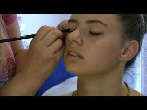 Make-up: Trucco naturale per giovanissime