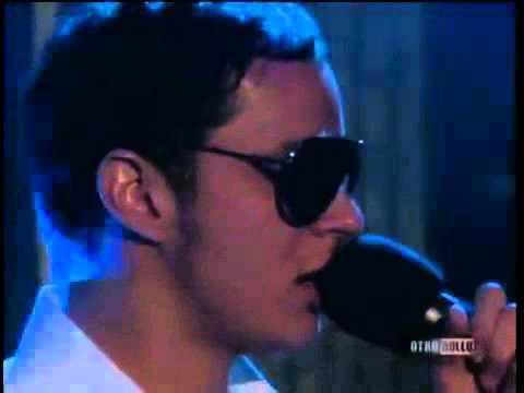 Plastilina Mosh - Mr. P Mosh (En vivo programa otro rollo)