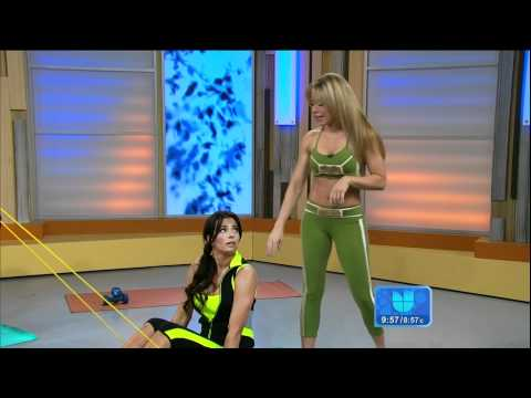 Claudia Molina and Ceci Galliano workout on ¡Despierta América! 2012/06/19 HD