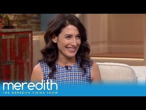 "Lisa Edelstein On ""Girlfriends' Guide to Divorce"" & More 