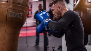 Conor McGregor Working the Bag in Cali #TheMacLife by : TheMacLife productions