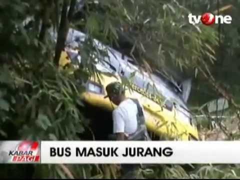 Bus Family Raya Terjun ke Jurang, 48 Penumpang Luka Parah