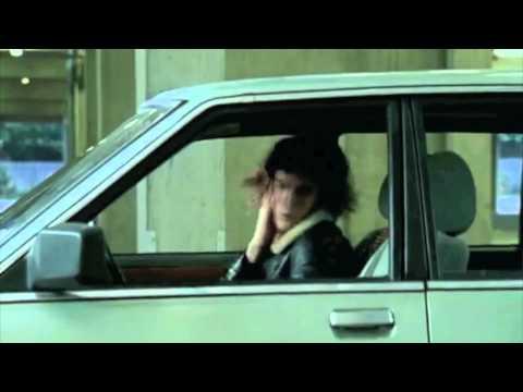 Maroon 5 - Noel Fielding - Moves Like Jagger