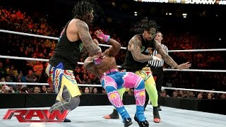 The Usos vs. The New Day – 2-vs-3 Handicap Match: Raw – 21. Dezember 2015