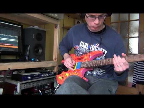 Mesa Boogie Triaxis versus Rocktron Voodu Valve + Stellah Kit guitar