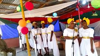 Mass Choir_Emmanuel (Carol on the Mountain 2018)