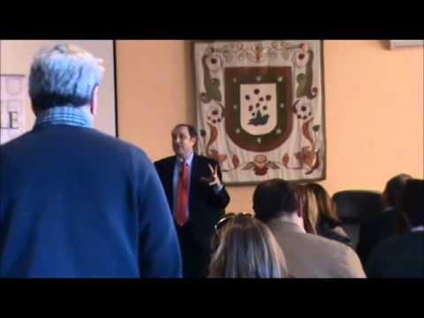 D  Fernando Alberca imparte sesión acerca de la Adolescencia